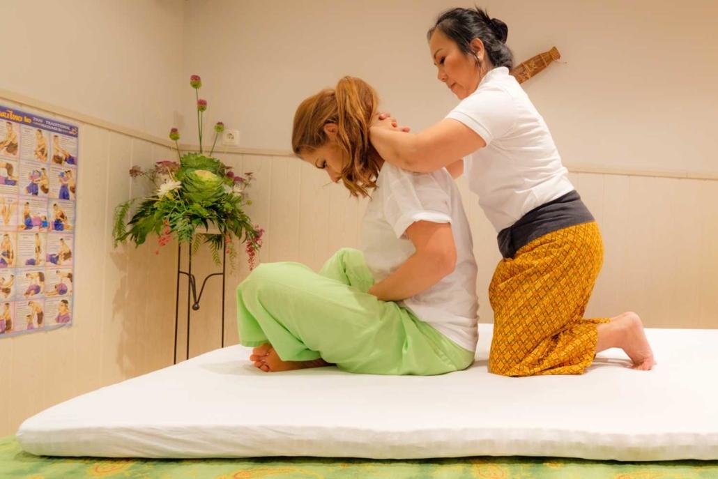 Thai Massage im Schönheitssalon Patcharee in Hamburg Niendorf
