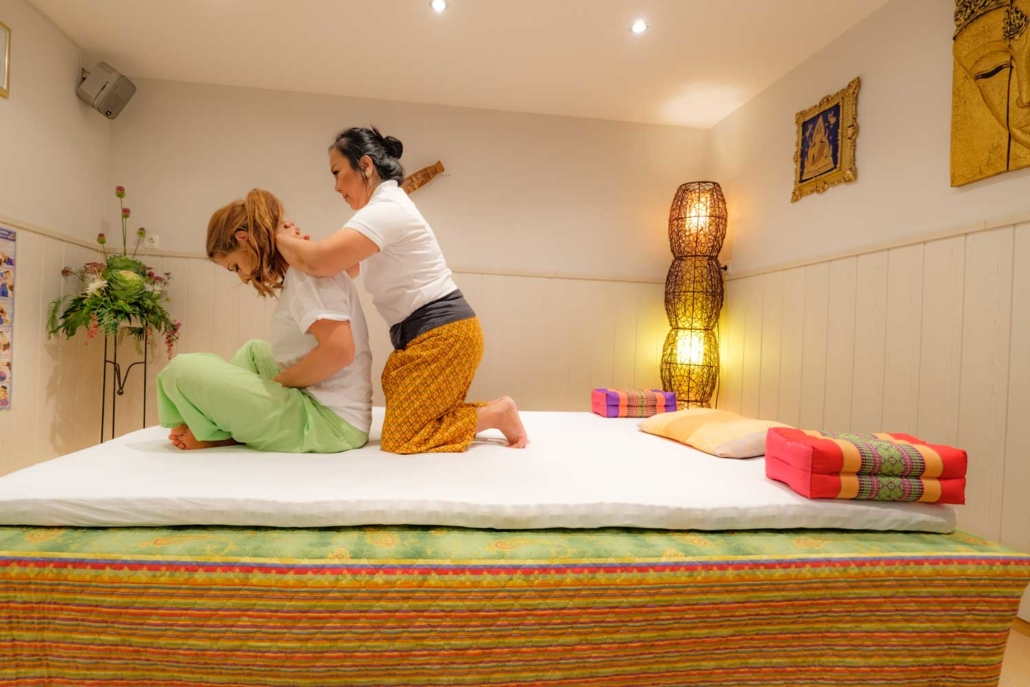 Thai Massage im Schönheitssalon Patcharee in Hamburg Niendorf